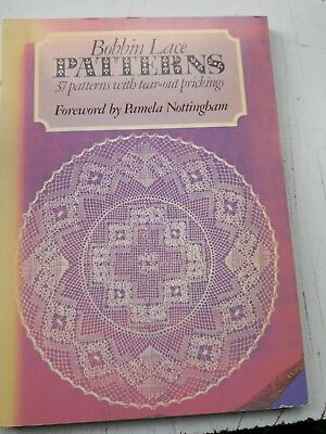 BOBBIN LACE PATTERNS by TINY ZWAAL-LINT - 37 PATTERNS WITH TEAR-OUT PRICKINGS