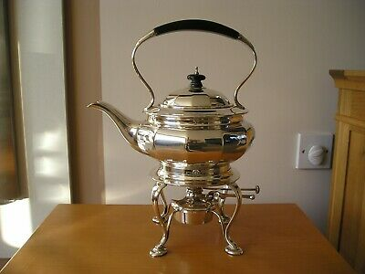 EXCELLENT QUALITY SOLID SILVER SPIRIT KETTLE - 1008 grams