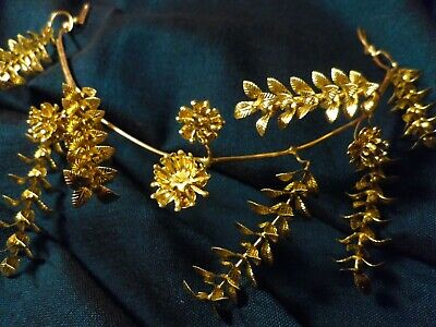 beautiful small wedding headband from 1930s Germany antique vintage tiara gold