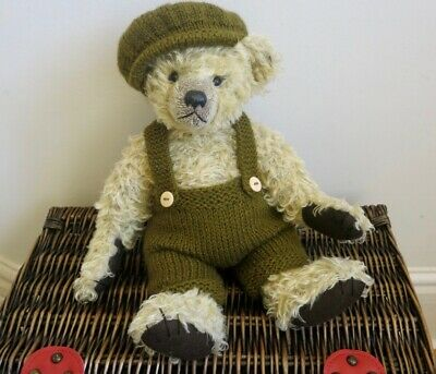 ++TEDDY CLOTHES++ new hand knitted trousers & cap to suit a 13 -14 inch bear