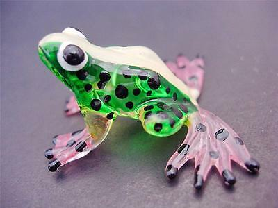 Green Glass FROG Painted Glass Animal Glass Ornament Curio Display Miniature
