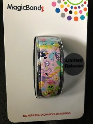 Disney It's A Small World Magic Band MagicBand Goodbye Icons NEW Limited Release