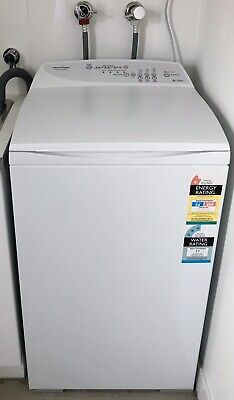 Washing Machine - Fisher & Paykel 5.5kg (As new). Model No.MW513