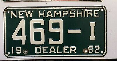 1962 NEW HAMPSHIRE DEALER License Plate Tag  62 NH DLR Tag  469-I  NICE