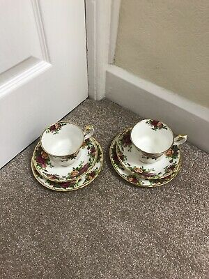 royal albert old country roses Tea cup Saucer and Plates. Dated 1962 x2