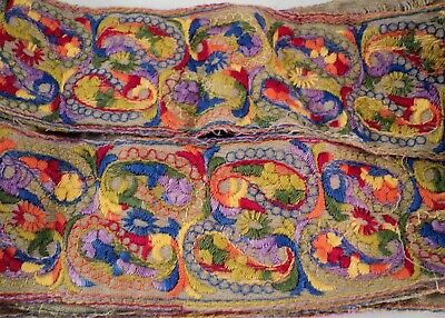 """Vtg Antique 3"""" Wide Embroidery Trim Blue Green Red Orange Yellow 134"""" Tapestry"""