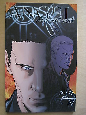"""ANGEL : """"AULD LANG SYNE"""" NEW TRADE PAPERBACK by TIPTON & MESSINA. BUFFY. IDW"""