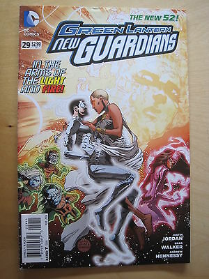 GREEN LANTERN NEW GUARDIANS # 29.1st PRINT.DC THE NEW 52.  DC. 2014