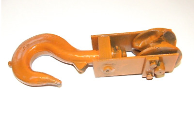 ROTARY HOOK 2,5 ton WITH CHAIN BLOCK /0618
