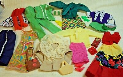 Vintage 25 Pc. Barbie Doll Clothes & Accessories Lot Most Unmarked Look #2