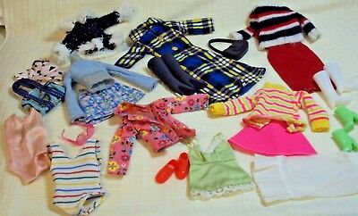 Vintage 25 Pc. Barbie Doll Clothes & Accessories Lot Most Unmarked Look #1