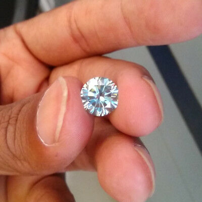 1.98 CT 8.4 MM Light Blue Round Brilliant Diamond Cut Real Moissanite For Ring