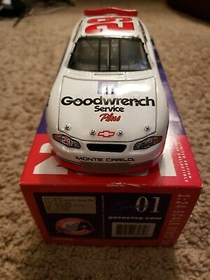 Kevin Harvick 2001 #29 Rookie Of The Year Gm Goodwrench 1:24 Diecast Car