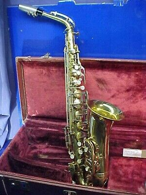 1950s BENETONE Model C-MELODY SAXOPHONE Made in ITALY w CASE