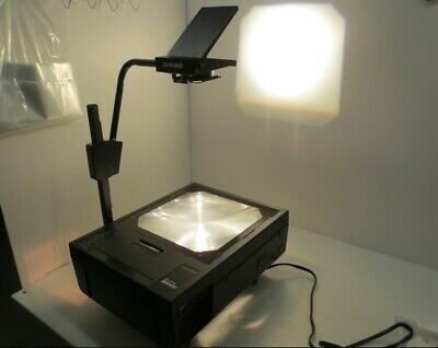 Dukane Starfire SF4003 Professional Overhead Projector w/ Carrying Case