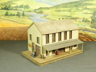 HO 1:87 BUILT Model Building WOOD CRAFTSMAN FEED SUPPLY STORE with DETAILS