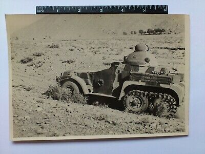 Antique Photo Belonged To 7877439 Watts Royal Tank Corp Image Of Crossly Car