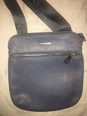 GENUINE ARMANI JEANS Leather Man Bag Cross Body Bag Navy - £30.00 ... 09e0aeb0fa3f7