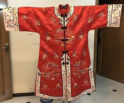 Antique Chinese Hand Embroidered Robe Good Condition Chest 106 Lengths 106 Cm