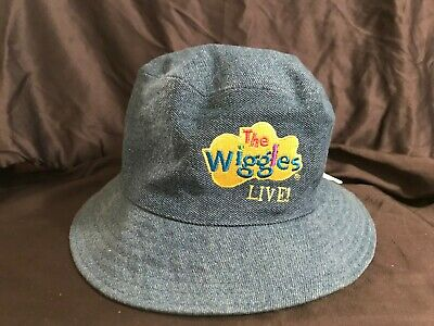 Childs The Wiggles Live Dorothy Bucket Hat Reversible Green Yellow Dots 2004 ae71bcf27c6
