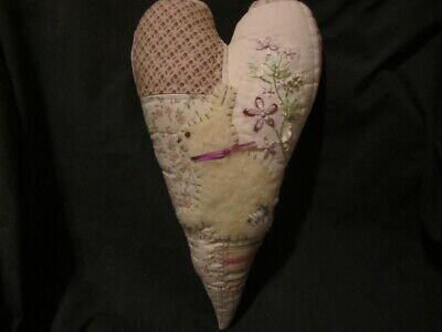 Primitive large quilt heart with wool bunny - rose/sage - Easter/Spring