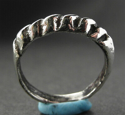 SUPERB GENUINE VIKING SILVER RING -  8th/10th cent AD - wearable