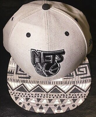 the latest d2a3e 3ad07 Brooklyn Nets Mitchell   Ness NBA Retro Snapback Hat Cap New Era