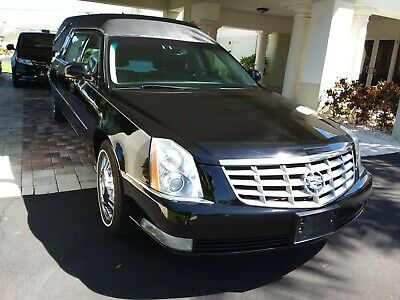 2010 Cadillac DTS  2010 CADILLAC SUPERIOR STATESMAN HEARSE **FLA. ONE OWNER **LOW MILES