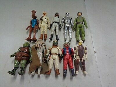 10 Assorted Original Star Wars Figures with Hammerhead, Gammorean Guard