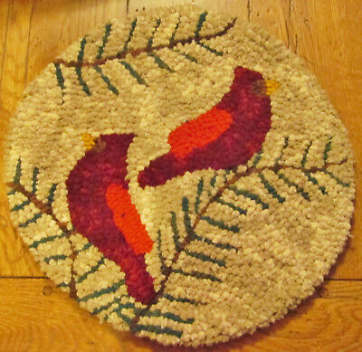 PAIR OF CARDINALS  Round Primitive Rug Hooking  Kit  with #8 cut wool strips