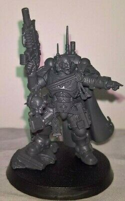 ML SS Warhammer 40,000 Space Marines Vanguard Primaris Captain in Phobos Armor
