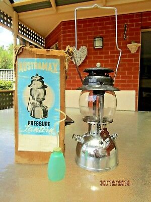 Vintage Austramax 3/300 Pressure Lamp Lantern in Original Box- Made in Australia