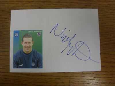 1996/1997 Autographed White Card: Leeds United - Martyn, Nigel (Sticker laid dow