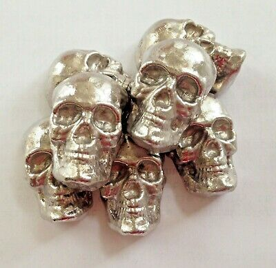 2oz hand poured bar skull 999 fine Bismuth. The skull is Bismuth! Isn´t silver.