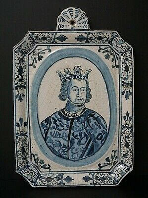 18Th Century Delft Tin Glazed Wall Plaque Blue And White Alfred The Great