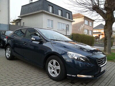 Volvo V40 1.6 D2 // 86.000 KM // FULL OPTION // 88gr // ...