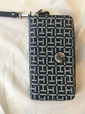 tommy hifiger clutch purse, navy blue, satin look,  in great condition