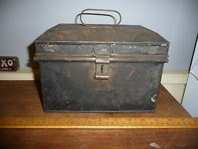 Antique tin Cash Tin / Small lockable Deed tin / Valuables box with carry handle