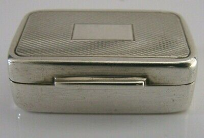 QUALITY SOLID STERLING SILVER ENGINE TURNED SNUFF or PILL BOX 1974