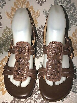 85fc6f7e4da Naturalizer N5 Falconette Brown Leather T STRAP Wedge Heel Sandals Women s  8.5 W
