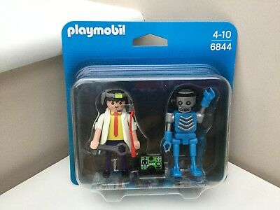 PLAYMOBIL #6844 SCIENTIST WITH ROBOT DUO PACK SET BRAND NEW ***SALE-WAS $9.49***