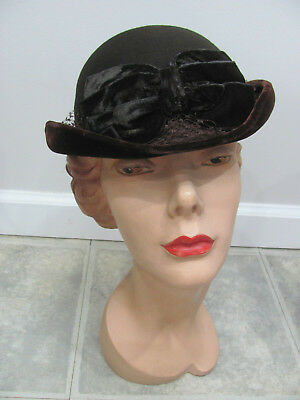 709373b8dc3 VTG 1940s  NEW YORK CREATION Brown felt   VELVET BRIM-BOW Bowler Hat