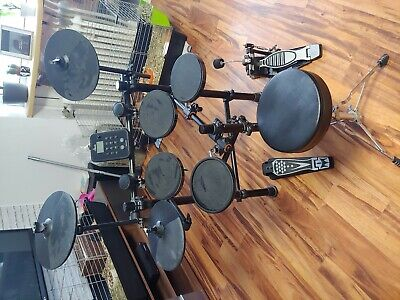 E Drum set Fame Drumcomputer Snare Toms usw