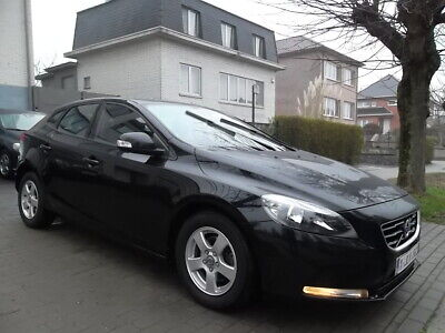 Volvo V40 1.6 D2 // 72.000 KM // FULL OPTION // 88gr // ...