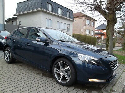 Volvo V40 1.6 D2 // POWERSHIFT // 80.000 KM // ...