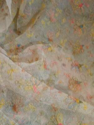 A Large Antique Lace Flounce Pretty Floral Design with Gold Thread On Tulle