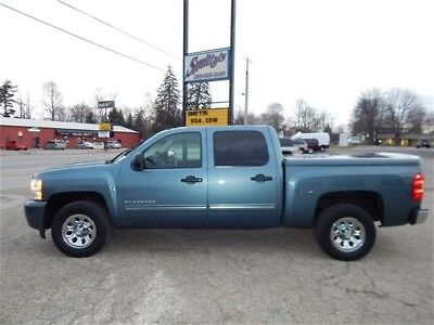 2009 Chevrolet Silverado 1500 LS 2009 Chevrolet Silverado 1500 LS Crew Cab 6 passenger Tow Package V8 Key FOB Wow