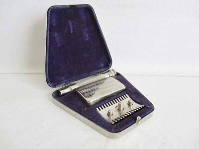 VINTAGE GILLETTE TYPE SAFETY RAZOR LIFT UP TOP OPENING CHROME CASE 1930s/1940s