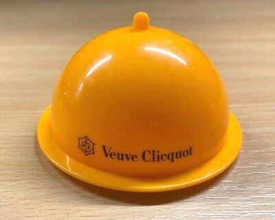 Brand New Veuve Clicquot Champagne Tapas Hors D'oevres Cloche & Dish Or Coaster