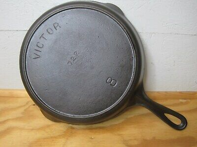 "Antique Restored Griswold ""Victor"" #8 722 Cast Iron Skillet Heat Ring 1905-1909"